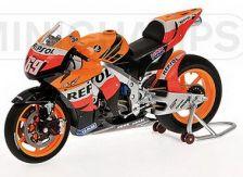 1:12 HONDA RC 212 V REPSOL MOTO GP 2008 N.HAYDEN