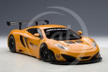 1:18 MCLAREN MP4-12C GT3 PRESENTATION CAR 2011 METALLIC ORANGE